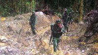 TNI-POLRI Buru Sisah Kelompok Bersenjata Di Hutan Poso