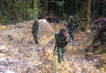 TNI-POLRI Buru Sisah Kelompok Bersenjata Kedalam Hutan Poso
