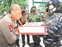 Komandan Korem 132 Tadulako Beri Kejutan untuk Kapolda Sulteng di HUT Bhayangkara
